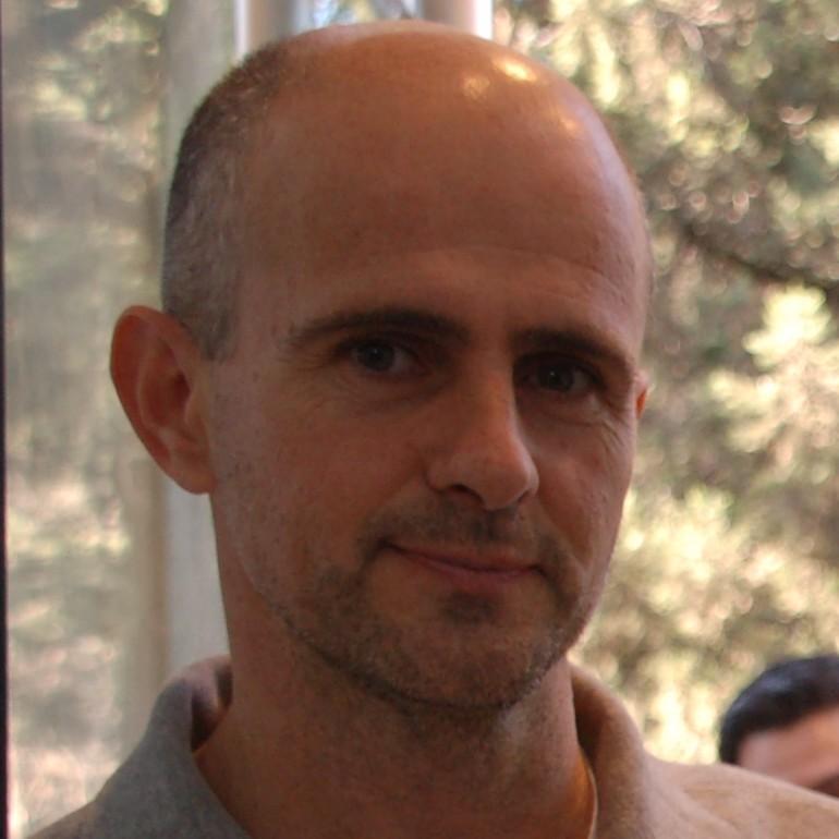 Carlos Donzelli : Investigador Independiente - Profesor Adjunto
