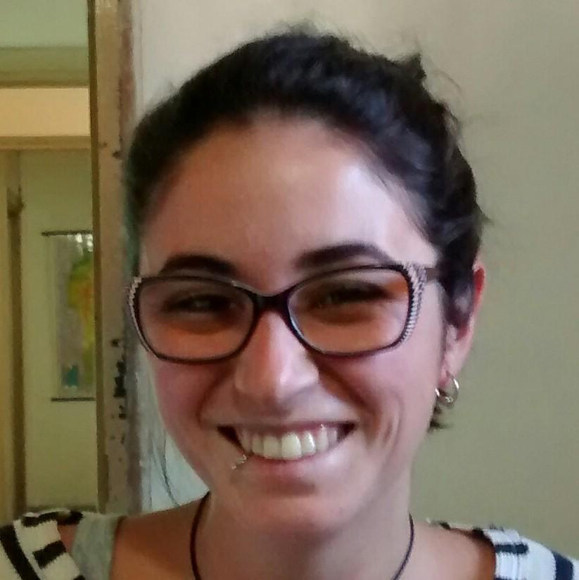 María José Kanagusuku : Beca Interna Doctoral