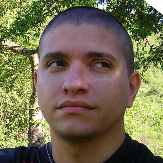 Ariel Zandivarez : Investigador Independiente - Profesor Asociado