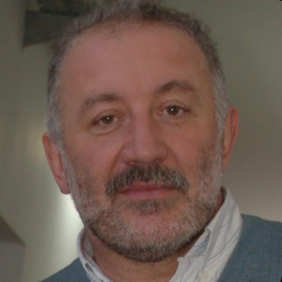 Rubén Vrech : Profesional Adjunto -Profesor