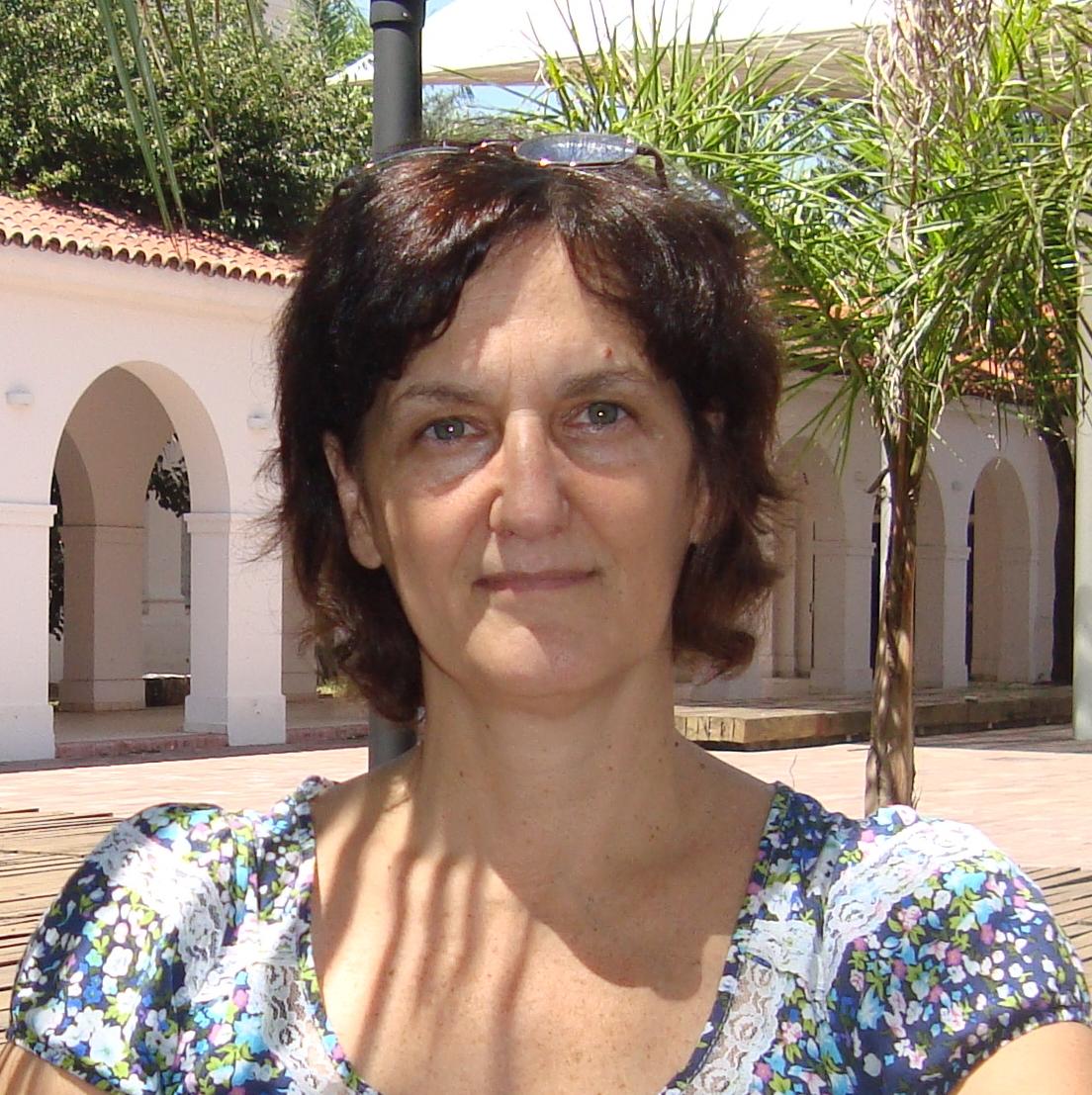 Andrea Costa : Investigadora Principal - Profesora Asociada
