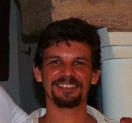 Julián Martínez : Investigador Adjunto - Profesor Adjunto