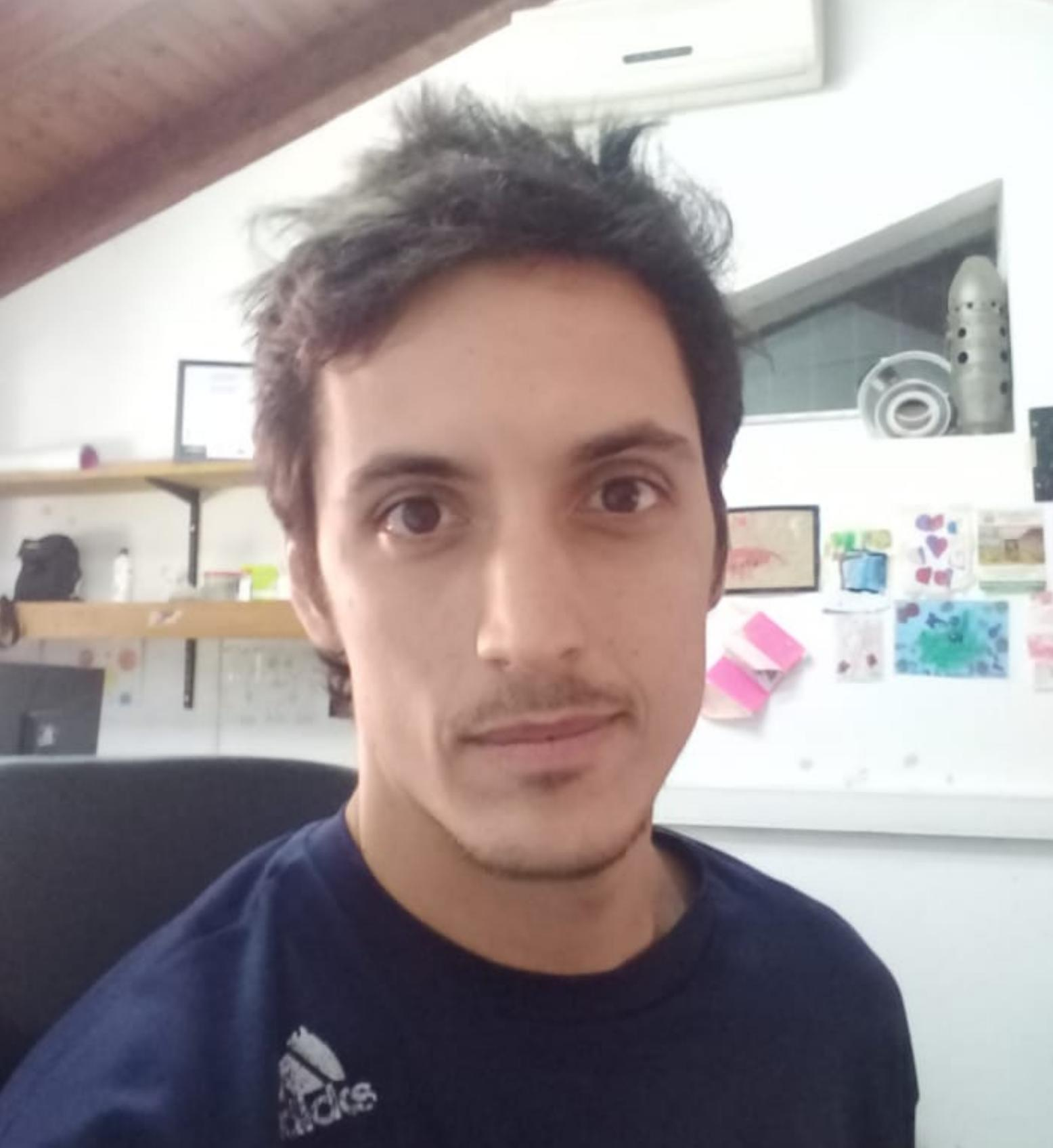 Pablo López : Beca Doctoral